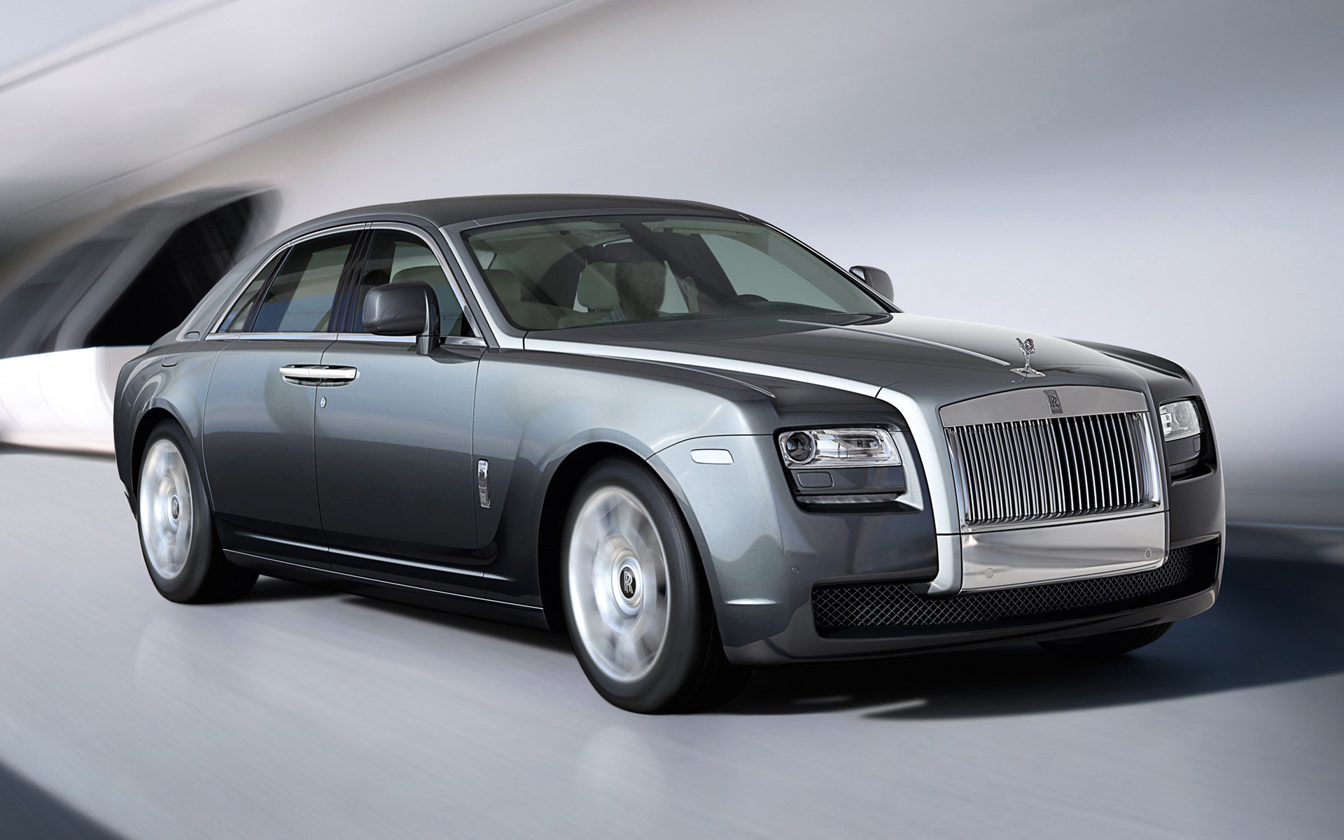 Rent Rolls Royce Ghost