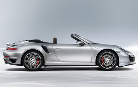 Rent Porsche GTS 911 turbo cabriolet